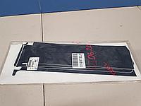 94728472 Наклейка на стойку двери для Chevrolet TrailBlazer 2 2012-2016 Б/У