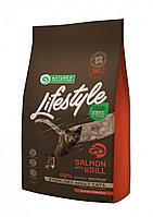 Сухой корм для стерилизованных кошек Nature's Protection Lifestyle Grain Free Adult Cat Sterilised Salmon&Kril