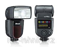 Вспышка Nissin DI 700 на фото Canon