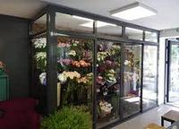 Установка холодильников для цветов