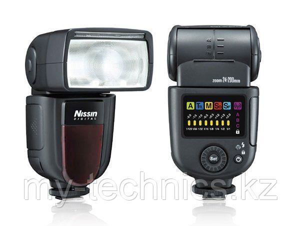 Вспышка Nissin DI 700 на фото Nikon