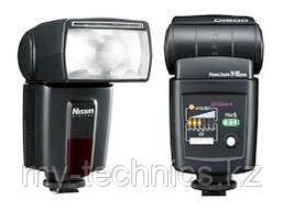 Вспышка Nissin DI 600 на фото Canon