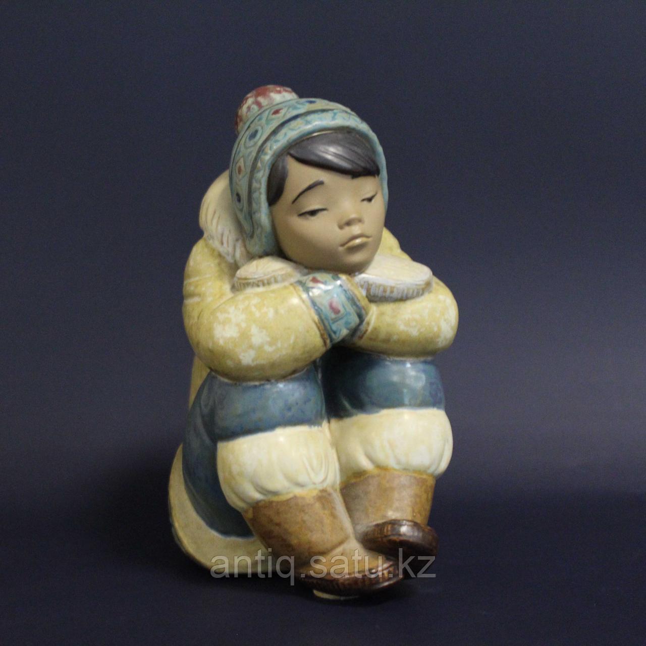 Мальчик-эскимос. Фарфоровая мануфактура Lladro - фото 1