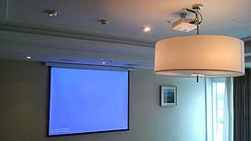 Монтаж проектора, интерактивной доски, проекционного экрана  в школах, детских садах, вузах 6