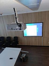 Монтаж проектора, интерактивной доски, проекционного экрана  в школах, детских садах, вузах 7
