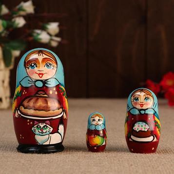 """Матрешка """"Катя с караваем"""", 3 кукольная, 10 см"""