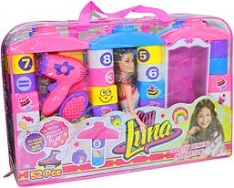 3006 Конструктор сумка и Барби с гардеробом