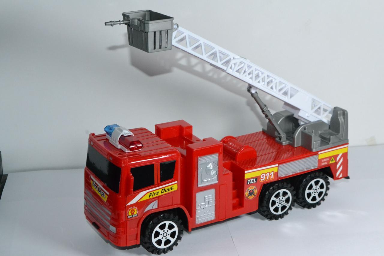 0019 Пожарная машина 30*14см