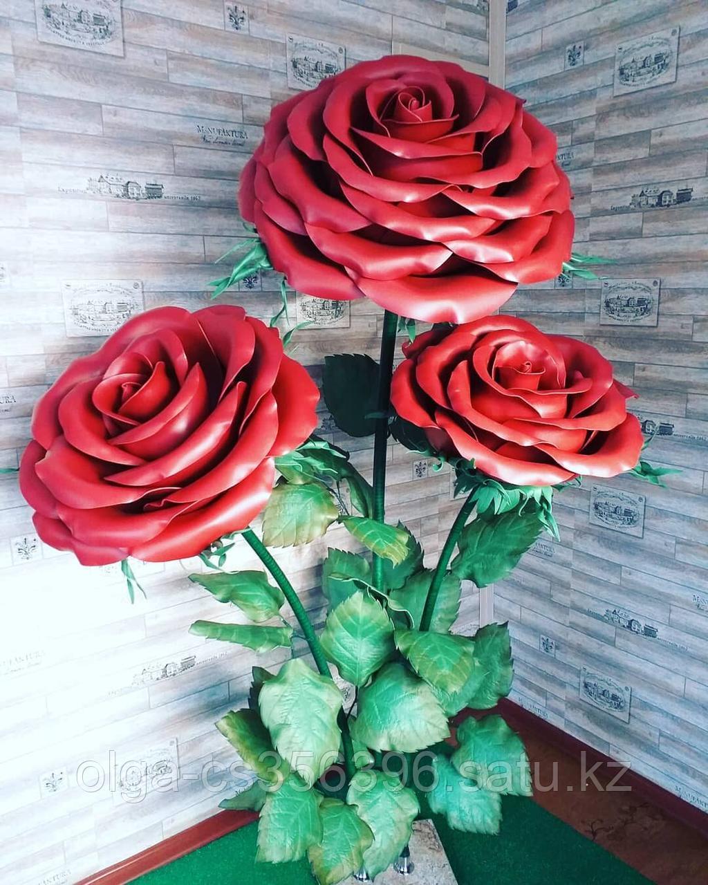 Большие Цветы. Стойка из трех роз. Creativ 1216