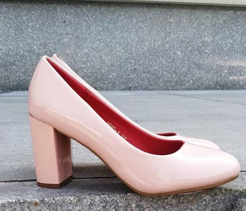 Женские туфли на широком каблуке розовые 36-39 размер