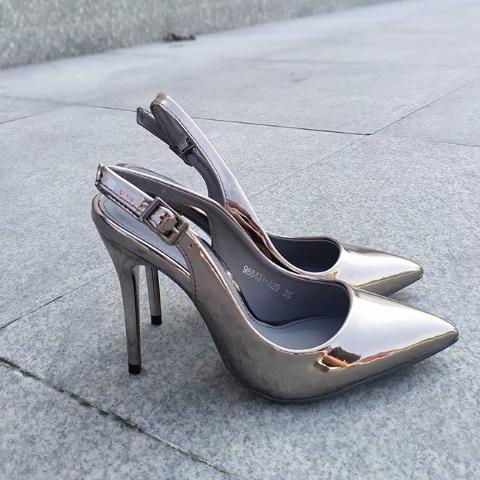 Женские туфли на шпильке серебристые 36-40 размер