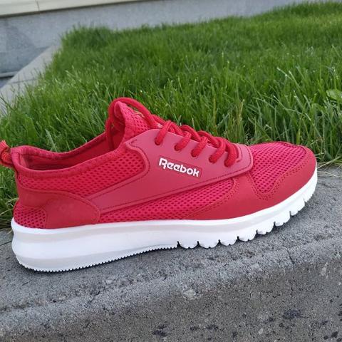 Кроссовки женские красные Reebok 36-41 размер