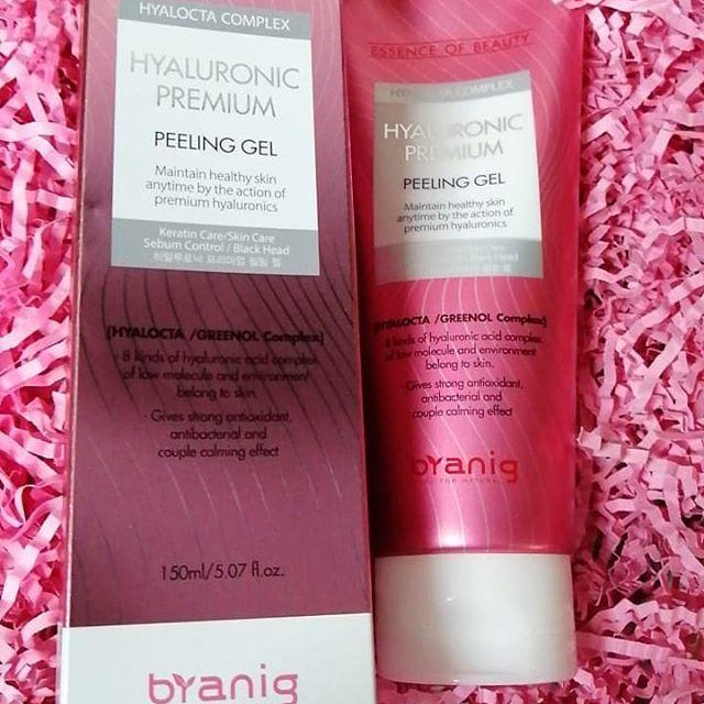 Пилинг-гель Byanig Hyaluronic premium peeling gel  150ml
