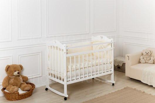 Кровать детская Incanto SOFI с сердечком (колесо, качалка, опуск.планка) (белый)
