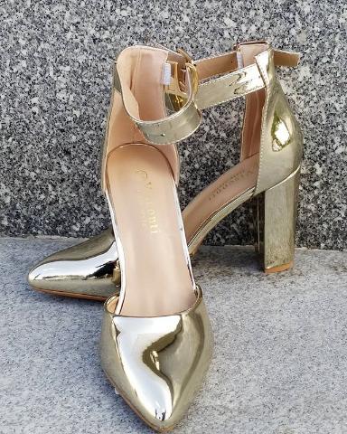 Женские туфли лакированные золотистые 36-40 размер