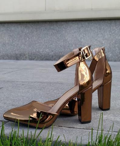 Женские туфли лакированные коричневые 36-40 размер