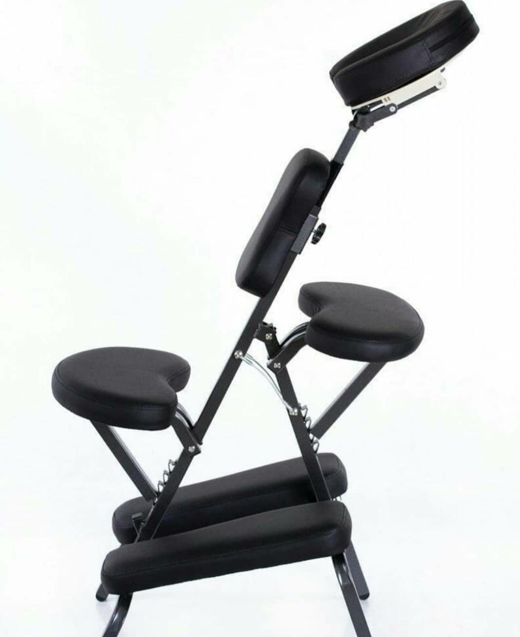 Black кресло для массажа и татуировок