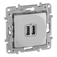 USB розетка Legrand Etika 672494, алюминиевый, фото 1