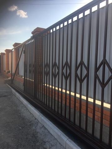 Покраска ворот грунт эмаль 3 в 1 коричневая