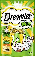 Лакомство для кошек Dreamies MIX, с курицей и кошачьей мятой 60г, фото 1