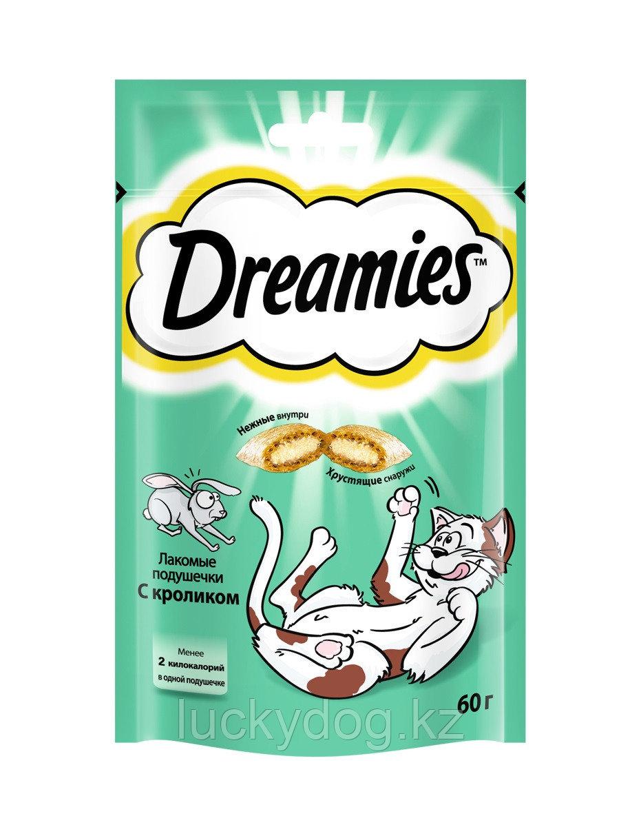 Лакомство для кошек Dreamies, подушечки с кроликом, 60 г