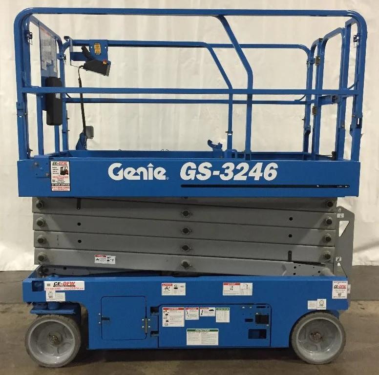 Продажа ножничный подъемник Genie GS3246 (12 метров)