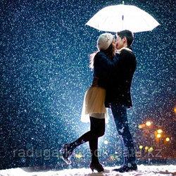 """Картины стразами на подрамнике """"Поцелуй в снегопад"""" 30х40 см  СТРАЗЫ КРУГЛЫЕ"""