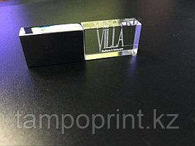 Флешка с подсветкой (стекло) 64 гб