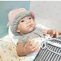 Кукла Paola Reina в теплом одеяльце 05185