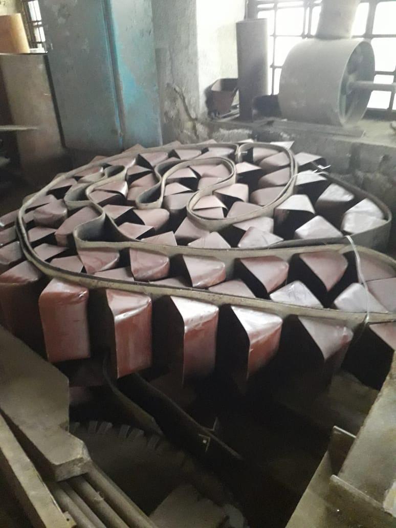 Ремень норийный 300 мм в сборе с ковшами по 5 шт на метр