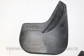 95128007 Брызговик задний правый для Chevrolet Captiva C140 2011-2016 Б/У