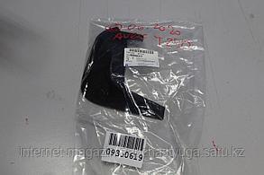 96808317 Брызговик передний правый для Chevrolet Aveo T255 2008-2012 Б/У