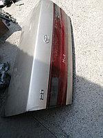 Крышка багажника Toyota Corona ST 195.