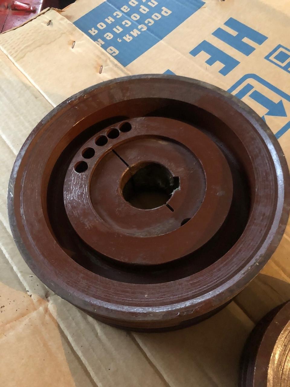 Шкив ф155 мм  со специальной конусной зажимной втулкой