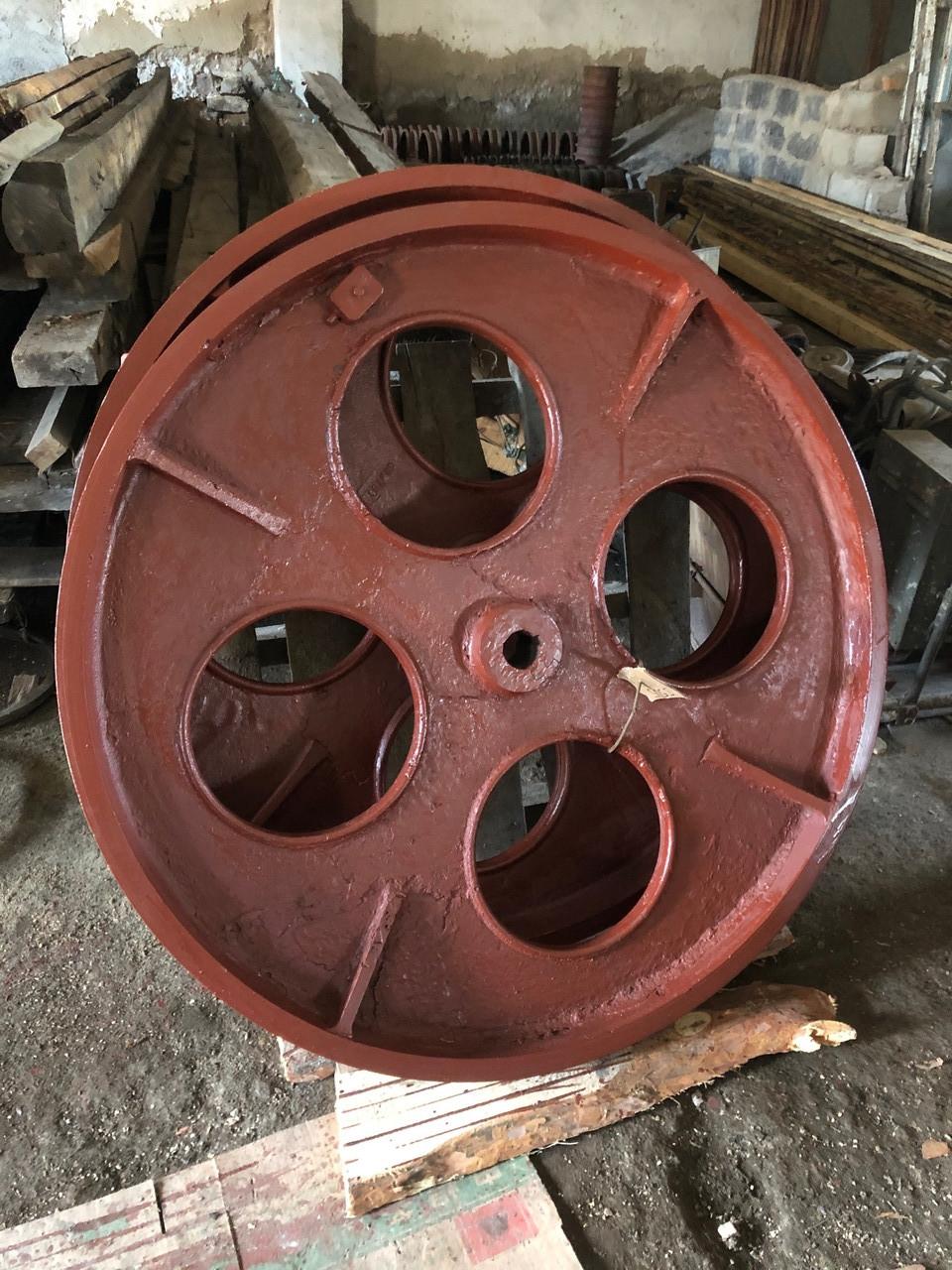 Шкив ф1250 мм, профиль С