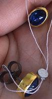 """Серебряные серьги-гвоздики (пусеты) из коллекции """"Натуральные камни"""". Вставка: кианит в полозоченной"""