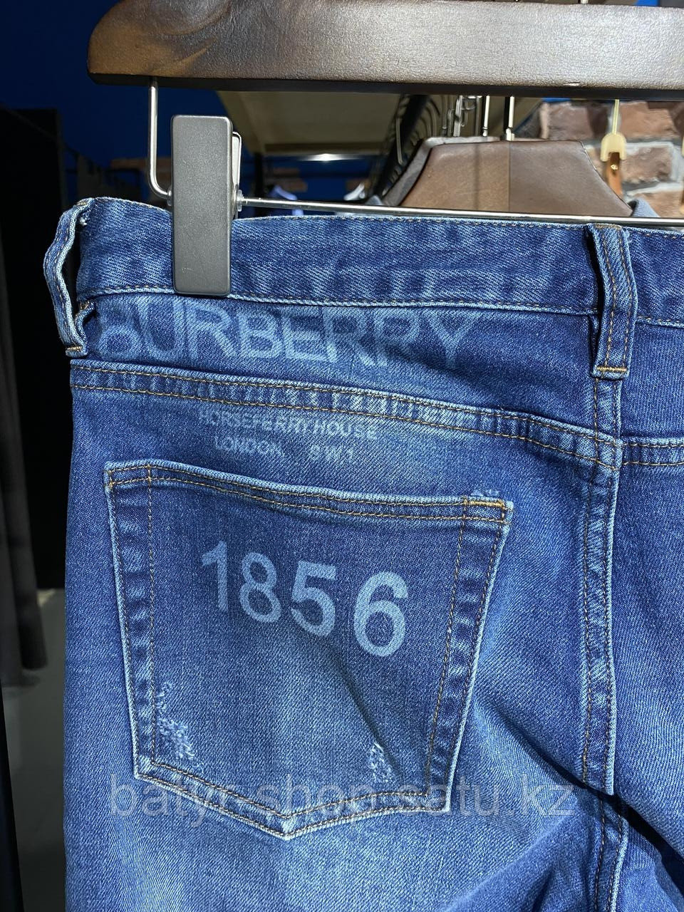Джинсы Burberry (0067) - фото 5