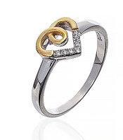 Серебряное кольцо сердце с золотым напылением. Вставка: белые фианиты, вес: 1,7 гр, размер: 18, покр