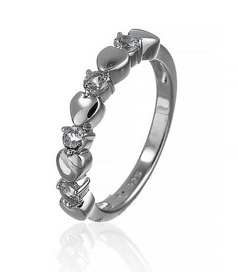 Серебряное кольцо с голубым топазом и сердцем. Вес: 2,3 гр, размер: 17, покрытие родий