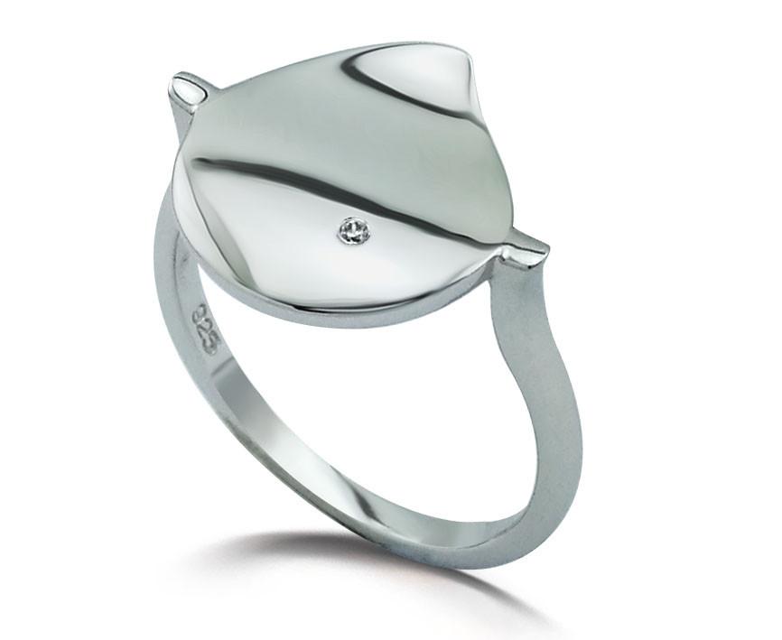Серебряное кольцо с бриллиантом в форме капли. Вставка: 1 бриллиант, 0,009 Кр 5/7, вес: 2,29 гр, раз
