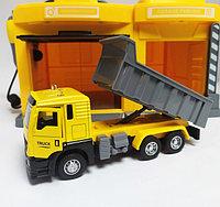 Игровой набор Гараж со строительной машинкой CLM Engineering Caller Garage, фото 1