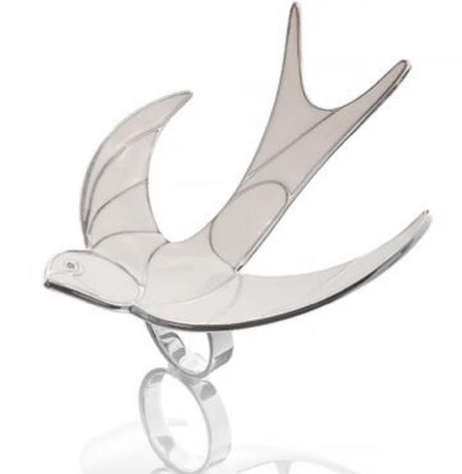 Серебряное кольцо Ласточка. Вставка: белая эмаль, фианит, размер: 19, вес: 25,7гр, покрытие родий