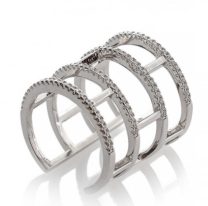 """Серебряное кольцо в виде """"Кирпичиков"""". Вставка: белые фианиты, вес: 5,8 гр, размер: 16, ширина: 2 см"""