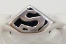 """Серебряное кольцо """"Superman"""". Вес: 1.4 гр, размер: 14.5, покрытие родий"""