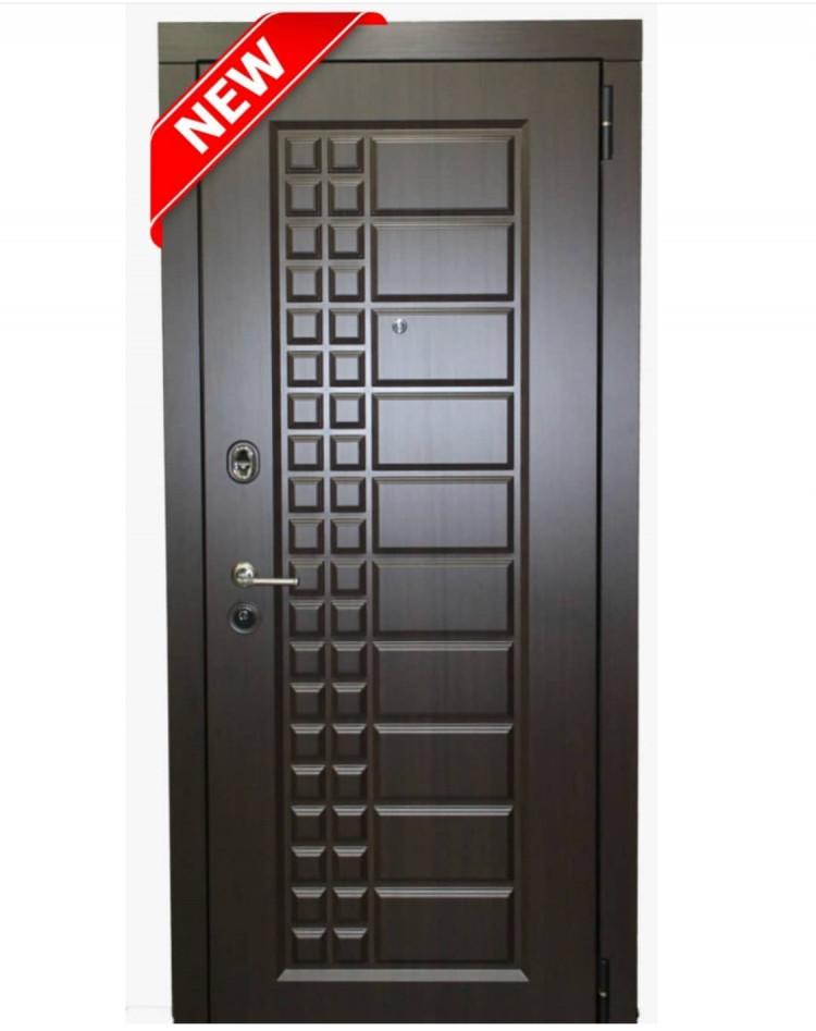 Металлические двери в квартиру Берлин