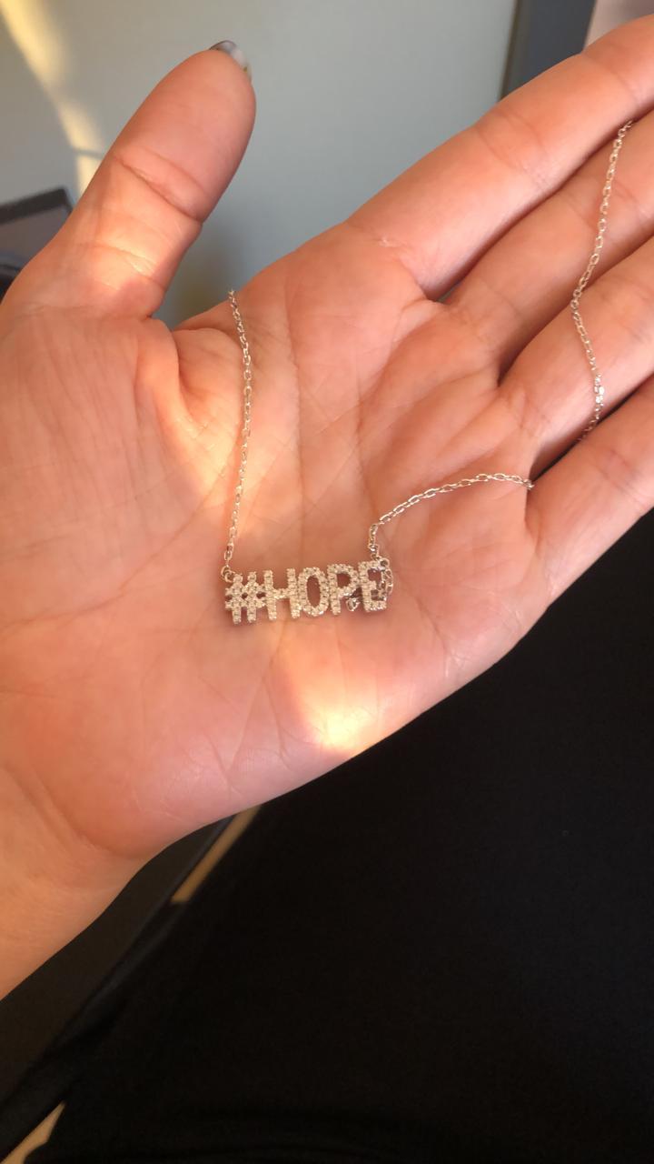 """Серебряная подвеска (колье) """"#HOPE"""". Вставка: белые фианиты, вес: 4,1 гр, длина: 40 см, покрытие: ро"""