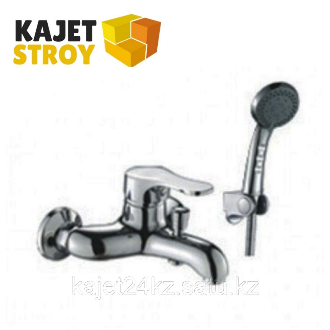 Смеситель KOLAG 1624 одноручный для ванны с коротким изливом, дивертор кнопочный (12)