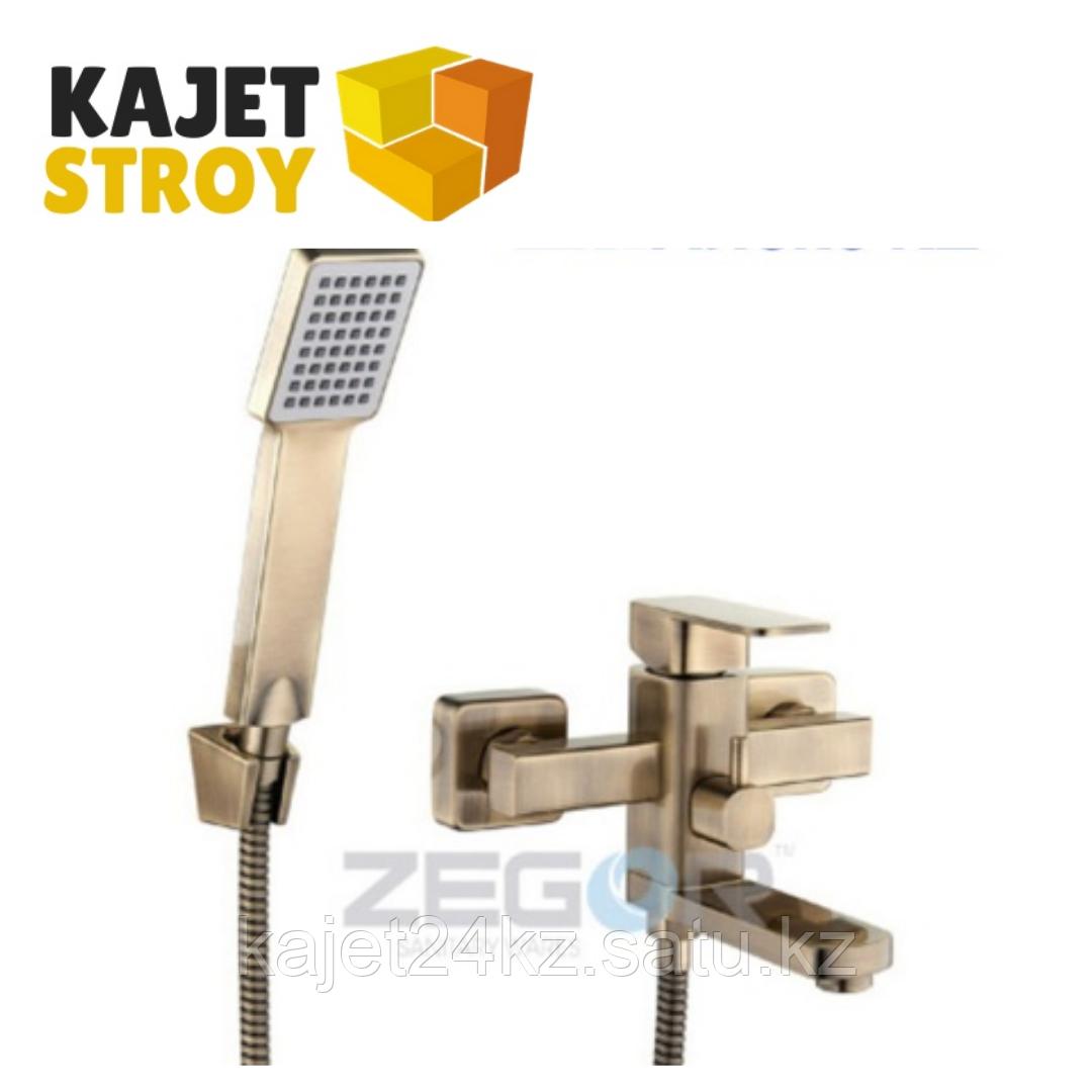 Смеситель ZEGOR LEB3-A123 KT одноручный для ванны с литым поворотным изливом.бронза (8)