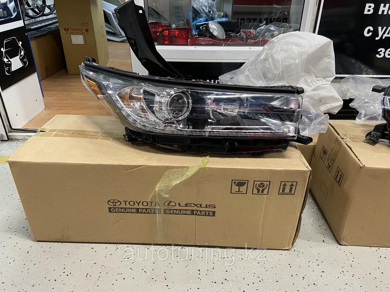 Головная оптика (передние фары) на Toyota Highlander XU50 2017+