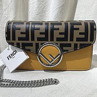 Сумка поясная с логотипом Fendi